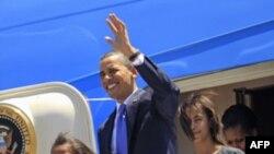 Tổng thống Obama, cùng phu nhân và 2 con gái đến El Salvador hôm 22/3/11