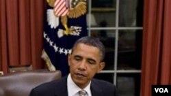 Presiden Amerika Barack Obama (foto: dok) menyampaikan tanggapannya mengenai krisis di Tunisia kepada Presiden Mesir Hosni Mubarak.