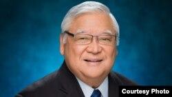 클라렌스 니시하라 하와이 주상원의원.