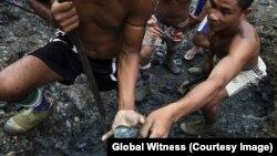 Công nghiệp đào ngọc thạch ở Myanmar đáng giá gấp 10 lần so với công nghiệp mua bán thuốc phiện bất hợp pháp ở nước này.