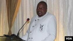 UModern Ngwenya, osabambe isikhundla somongameli weqembu leHighlanders FC.