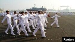 Hải quân Ấn Độ diễu hành trong ngày lễ Cộng hòa tại thành phố Kochi.