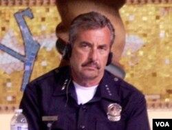 洛杉矶市警局长贝克(美国之音国符拍摄)