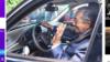Tỷ phú Phạm Nhật Vượng mời Thủ tướng Malaysia lái thử xe Vinfast