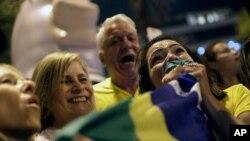 Patizan Prezidan Rli Jair Bolsonaro. AP/ Silvia Izquierdo
