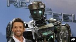 Real Steel หนังแอ๊คชั่นแนวกีฬาปน Sci-Fi ชกคู่ต่อสู้ล้มคว่ำชูกำปั้นที่อันดับหนึ่ง