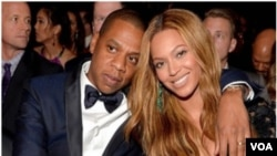 Le rappeur Jay-Z et son épouse Beyoncé (VOA)