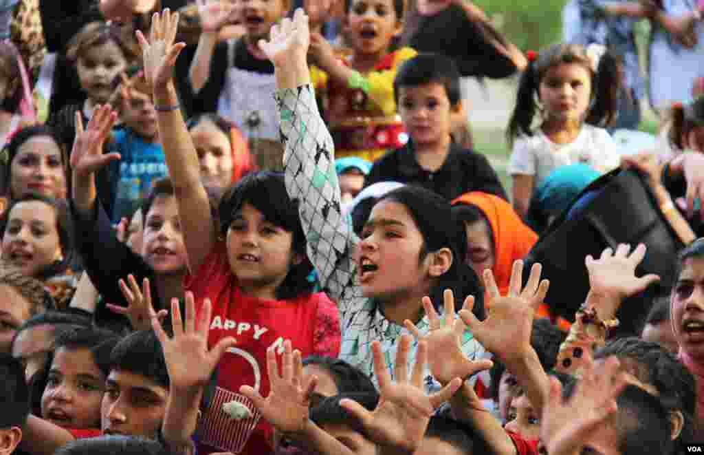 اشتیاق و شادمانی کودکان در فستیوال سرکس