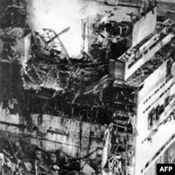 Arhivski snimak uništenog reaktora u nuklearnoj elektrani Černobil