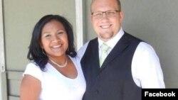 Vợ chồng ông Josh and Tamara Holt trước khi bị bắt ở Venezuela năm 2016