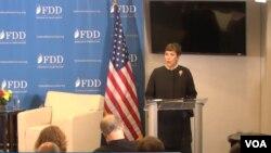 ایلیم پوبلت مدیر کل وزارت خارجه آمریکا در امور راستی آزمایی و انطباق سخنران اول این نشست بود.