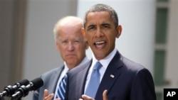 바락 오바마 대통령이 31일 백악관의 로즈가든에서 조 바이든 부통령과 시리아 정권의 화학무기 공격에 대한 군사적 대응 계획을 언급하고 있다.