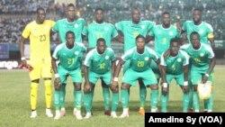 L'équipe du Sénégal lors d'un match de qualifications pour la CAN 2019, le 13 octobre 2018. (VOA/Amedine Sy)
