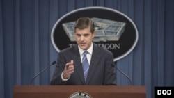 پیتر کوک سخنگوی وزارت دفاع آمریکا، پنتاگون - آرشیو
