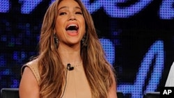 "Jennifer Lopez坐镇""美国偶像""评委"
