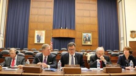 美中经济安全审议委员会向国会提交年度报告。(美国之音杨晨拍摄)