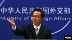 Juru Bicara Kementrian Luar Negeri Tiongkok, Hong Lei mengecam campur tangan AS dalam kasus Chen Guangcheng (foto: dok).