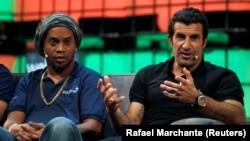Luis Figo et Ronaldinho au Web Summit le 8 novembre 2016.