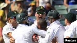 آسٹریلیا کو شکست دینے کے بعد جنوبی افریقہ نے ٹیسٹ میچوں کی رینکنگ میں اپنی پہلی پوزیشن برقرار رکھی۔