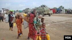 Banyak warga Somalia meninggalkan rumah mereka setelah ternak mereka mati akibat bencana kekeringan.
