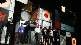 Reditelj Rajan Kugler prima nagradu žirija za najbolje ostvarenje na Sandens filmskom festivalu  Saturday,  26. januar, 2013.