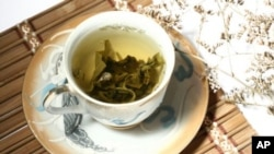 India's Tea Trade Features New Brew