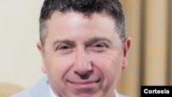 Silvio Waisbord dialoga sobre el papel de los medios en el proceso electoral