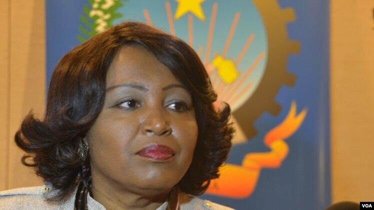 Rosa Pacavira de Matos, ministra do Comércio de Angola