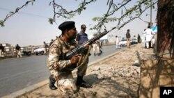 کراچی: تشدد کے واقعات میں 10 ہلاک، وزیر اعظم گیلانی کی مذمت