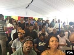 Babuye ngobunengi baba bantu abalalele uMnangagwa esethula umbiko wakhe edolobheni lePretoria.