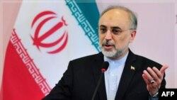 Irani mohon akuzat amerikane për strehimin e një financieri të al-Kaidës