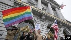 加州法院裁決禁止同性婚姻違憲