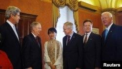 Burmalı Aung San Suu Kyi Amerika Turunda
