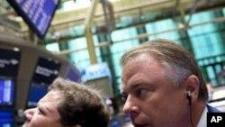 مالیاتی بحران کے باعث امریکی بازارِ حصص میں مندی