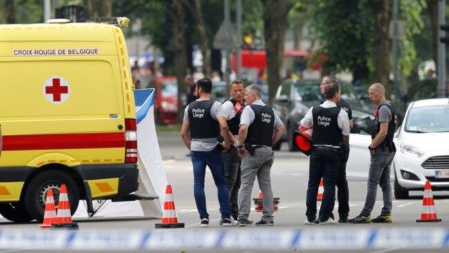 Bélgica Dos agentes de policía y la pasajera de un vehículo perdieron la vida en un tiroteo en Bélgica este martes