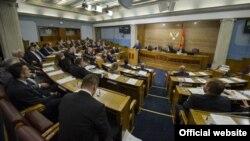 Premijer Crne Gore Milo Đukanović odgovara na poslanička pitanja (gov.me)