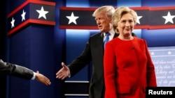 2016年9月26日總統候選人希拉里·克林頓和唐納德·川普在紐約進行第一次總統競選辯論。
