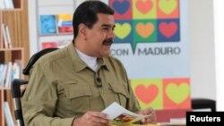 El presidente Maduro confirmó para este lunes 13 de noviembre en Caracas una reunión con 414 tenedores de bonos para renegociar la deuda externa que se estima en $150 mil millones de dólares.