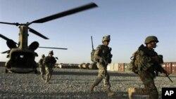 افغانستان میں تعینات امریکی افواج (فائل فوٹو)