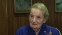 Albright Applauds Burma Reforms