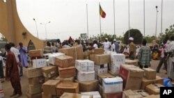 Формирование гуманитарной помощи в Бамако, Мали