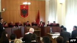 Shqipëri, rrëzohet përdorimi i termit 'kombësi' në ligjin për gjendjen civile