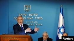 លោកនាយករដ្ឋមន្ត្រីអ៊ីស្រាអែល Benjamin Netanyahu ថ្លែងនៅក្នុងសន្និសីទកាសែទមួយ កាលពីថ្ងៃទី២ ខែមេសា ឆ្នាំ២០១៨។