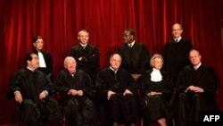 Jeta dhe kontributi i anëtares së Gjykatës së Lartë, Ruth Bader Ginsburg