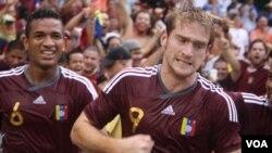 Fernando Aristeguieta marcó el único tanto de su equipo que perdió ante El Salvador el pasado domingo en Washington.