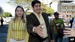 Carlos Alvarado battant campagne, San Jose, Costa Rica, le 4 février 2018.