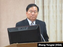 台湾国防部次长高天忠 (美国之音张永泰拍摄)