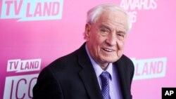 Sutradara dan penulis naskah Garry Marshall dalam sebuah acara penghargaan televisi di Santa Monica, California, April 2016.
