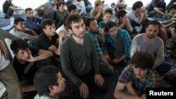 Sekitar 200 migran muslim tak dikenal yang diperkirakan orang-orang Uighur dari China, ditahan di Thailand selatan (15/3).