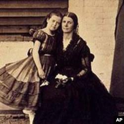 罗斯•格林豪及其女儿